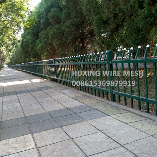 Roadside Ornamental Steel Fence Application